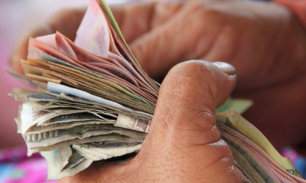курс валют чорний ринок Рівне
